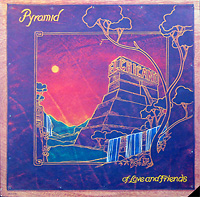 el-chicano_pyramid_w_alexander-ach-schuh_b